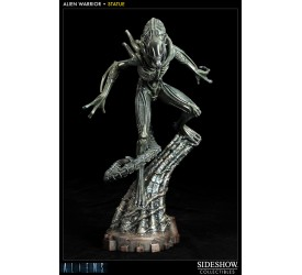 Aliens Statue Alien Warrior 42 cm